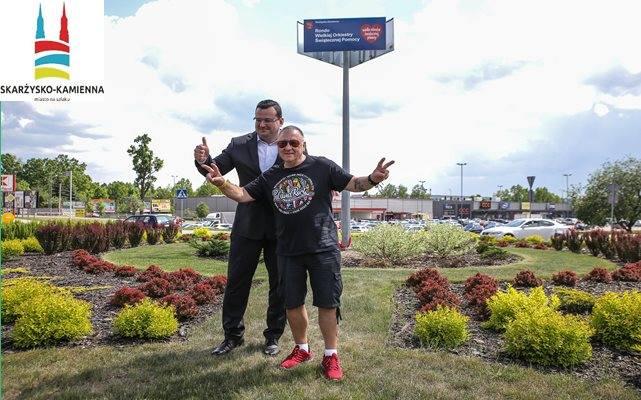 Jurek Owsiak uroczyście otworzył rondo WOŚP w Skarżysku