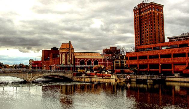 Ranking miasteczek American Dream. W czołówce jest jedno z Illinois