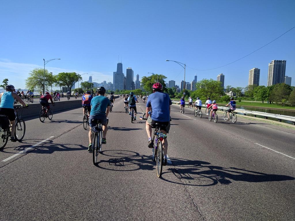 Ponad 20 tysięcy rowerzystów uczestniczyło w Bike the Drive