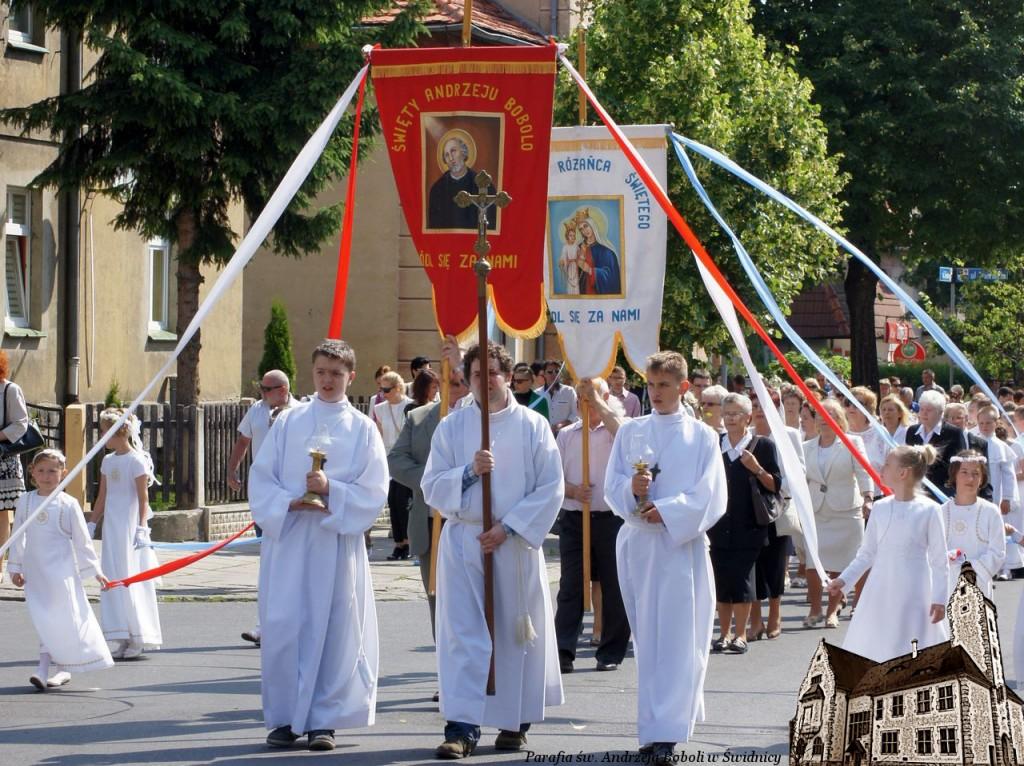 Katolicy świętują uroczystość Najświętszego Ciała i Krwi Chrystusa tzw. Boże Ciało. PODSUMOWANIE