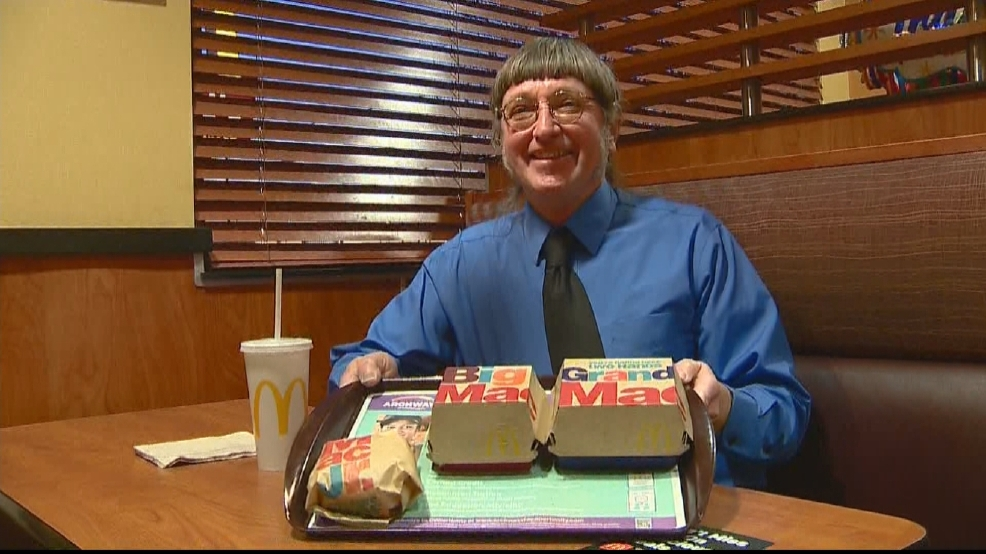 Mieszkaniec Wisconsin zjadł 30 tysięcy hamburgerów w ciągu 46 lat