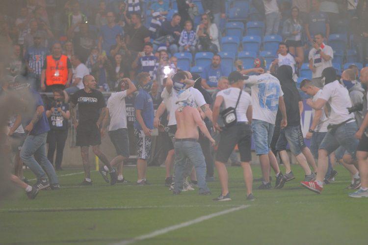 Morawiecki o zamieszkach stadionowych: Chcemy tego typu zjawiska wyeliminować