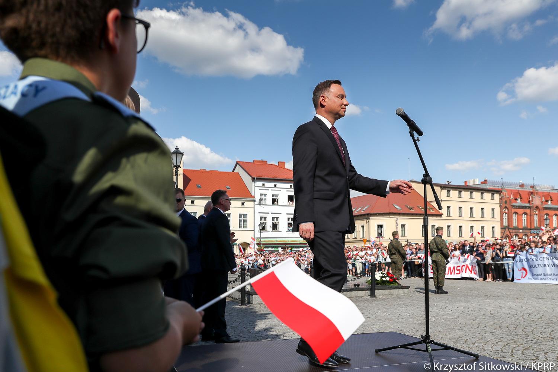 Trzy lata od wygranej Andrzeja Dudy w wyborach. Dziś gości w Śremie w Wielkopolsce AKTUALIZACJA