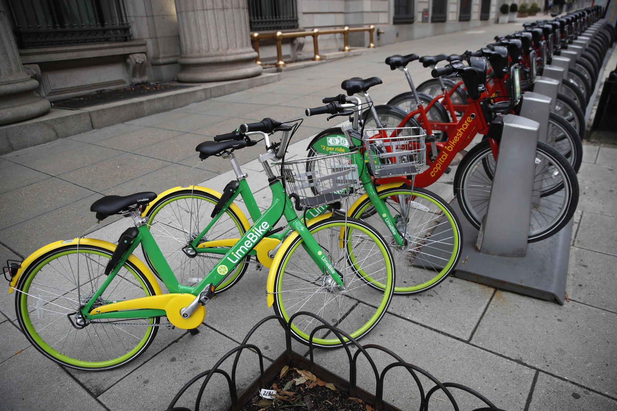 W Chicago można wypożyczyć elektryczny rower