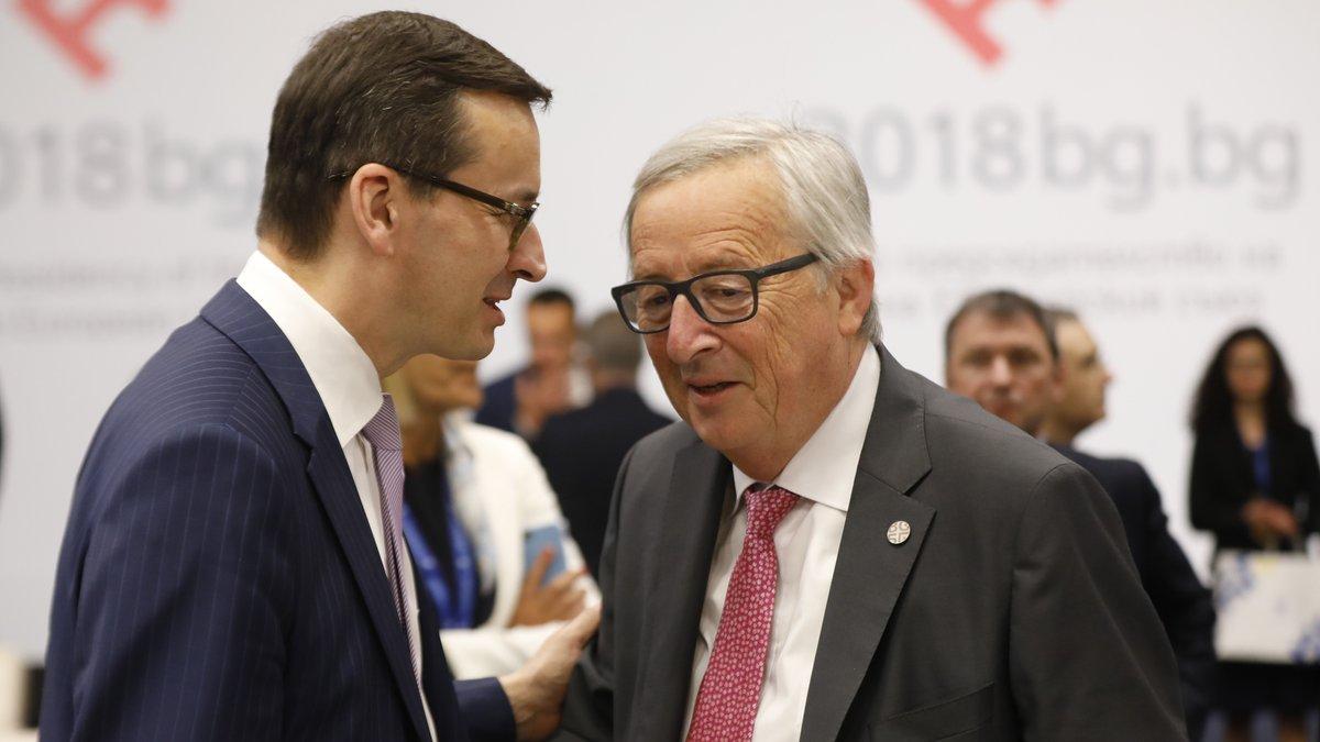 """Premier Morawiecki spotkał się ponownie z Junckerem. """"Rozmowa była długa i bardzo treściwa"""""""