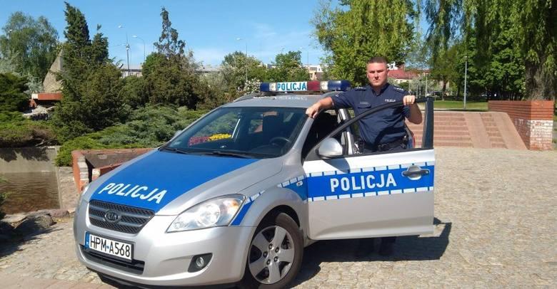 """Białystok. """"Nie chce mi się żyć"""". Dłużniczka powiesiła się przed przyjściem komornika. 60-latkę uratował policjant"""