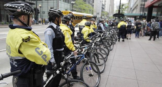Wzmocniono rowerowe patrole policji