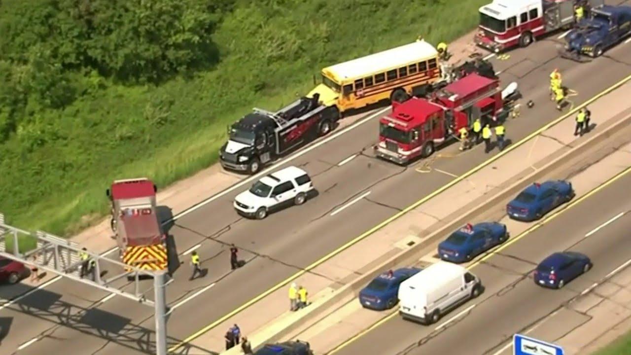 1 osoba nie żyje, 5 w stanie krytycznym po wypadku w Michigan