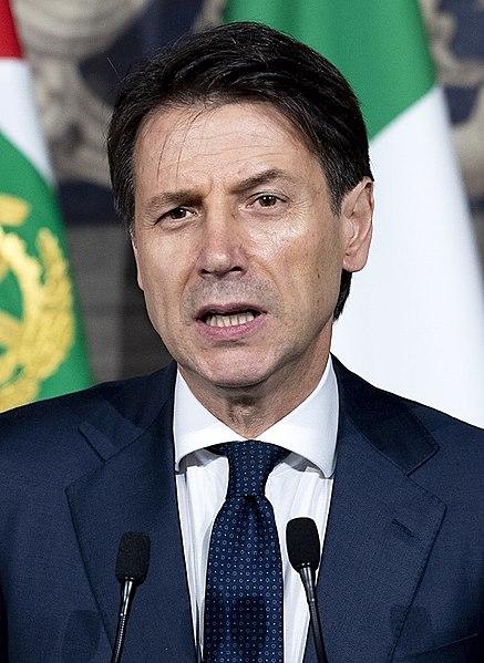 Napięcie w stosunkach francusko-włoskich: Premier Conte odwołuje wizytę w Paryżu