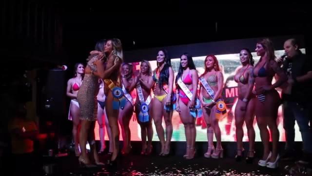 """""""Muza mundialu"""" wybrana. 32 piękne uczestniczki reprezentowały wszystkie kraje"""
