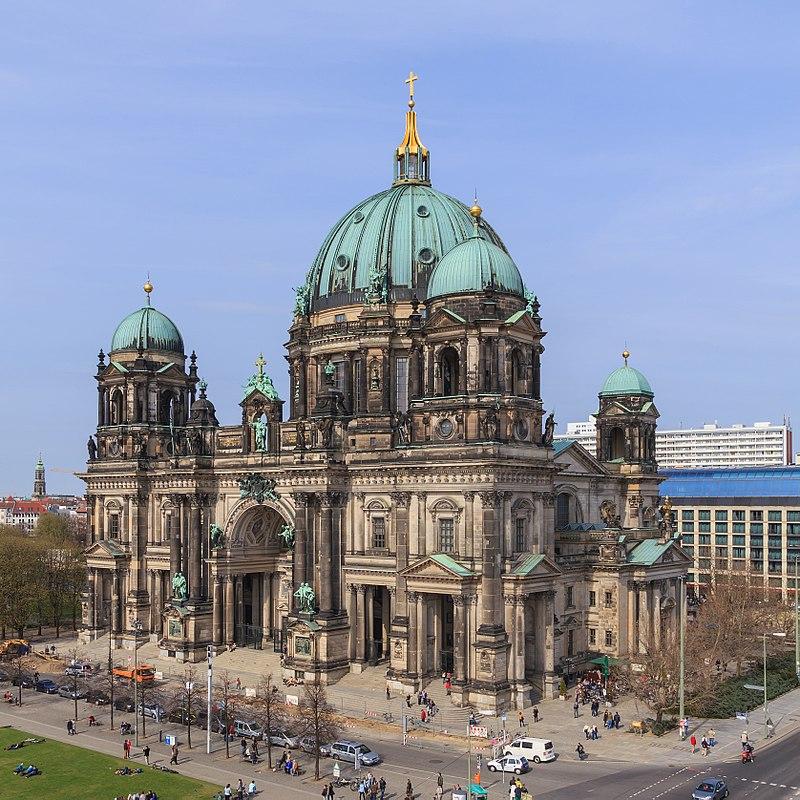 Niemcy: Strzały w katedrze w Berlinie