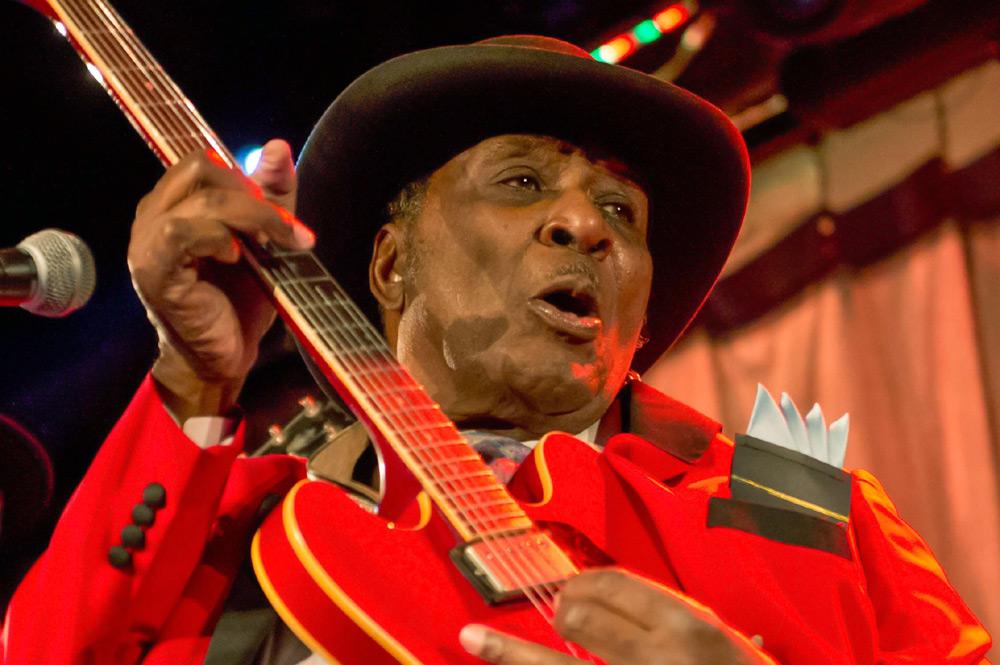 """Nie żyje legenda chicagowskiego bluesa, Eddy """"The Chief"""" Clearwater"""