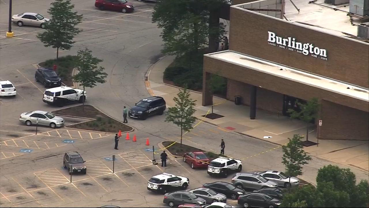 Strzelanina przed Stratford Square Mall. Dwie osoby ranne