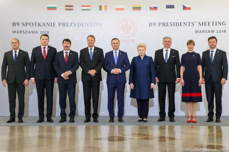 Warszawa:  Spotkanie przywódców dziewięciu krajów wschodniej flanki NATO. Przyjęto wspólną deklarację
