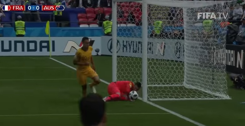 MŚ – Francja wygrała z Australią 2:1, remis Argentyny z Islandią a Dania pokonała Peru [SKRÓTY VIDEO]