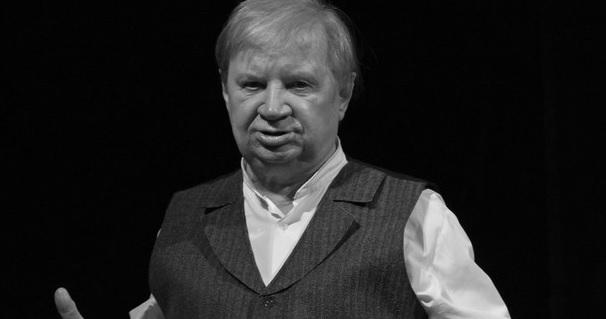"""Nie żyje Roman Kłosowski, aktor filmowy i teatralny, odtwórca Maliniaka z """"Czterdziestolatka"""""""