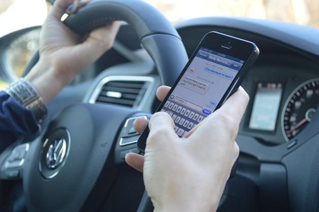 Policja na Florydzie będzie mogła karać za pisanie w trakcie jazdy
