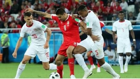 MŚ – Brazylia pokonała Kostarykę, Nigeria wygrała z Islandią; Argentyna ostatania w gr. D, Szwajcaria pokonała Serbię; Brazylia liderem gr. E