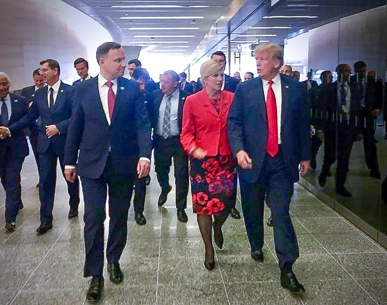 Nieplanowane spotkanie prezydentów Polski i USA na szczycie NATO