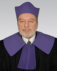 Sędzia Iwulski bez zgody na dalsze orzekanie