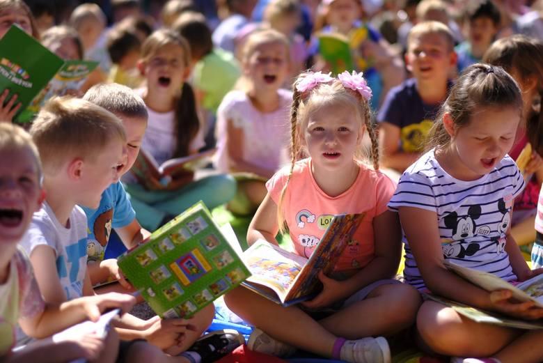 500 plus: Świadczenie otrzymają dodatkowo dwa miliony dzieci