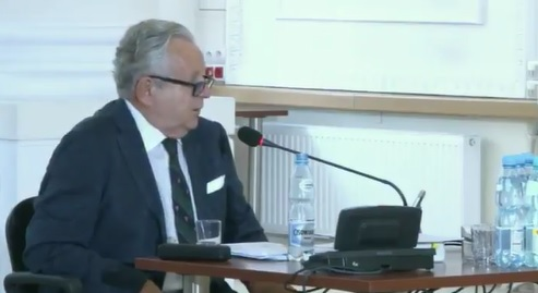 """Komisja weryfikacyjna przesłuchuje prawnika od reprywatyzacji – """"prekursora dzikiej reprywatyzacji"""""""
