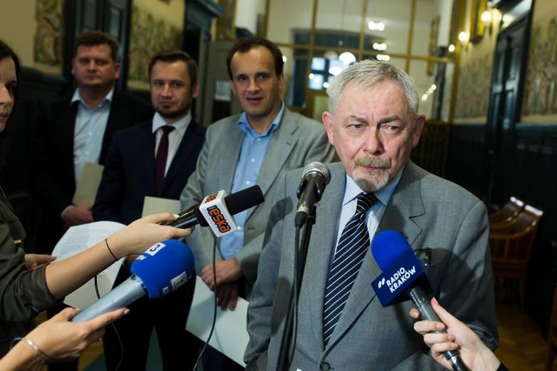 Kraków: Prezydent Majchrowski podwyżkę cen za bilety ujawnia dopiero po wyborach