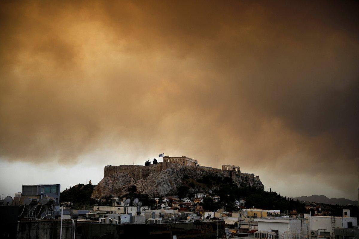 Grecja: Identyfikacja wszystkich śmiertelnych ofiar pożarów zabierze dużo czasu