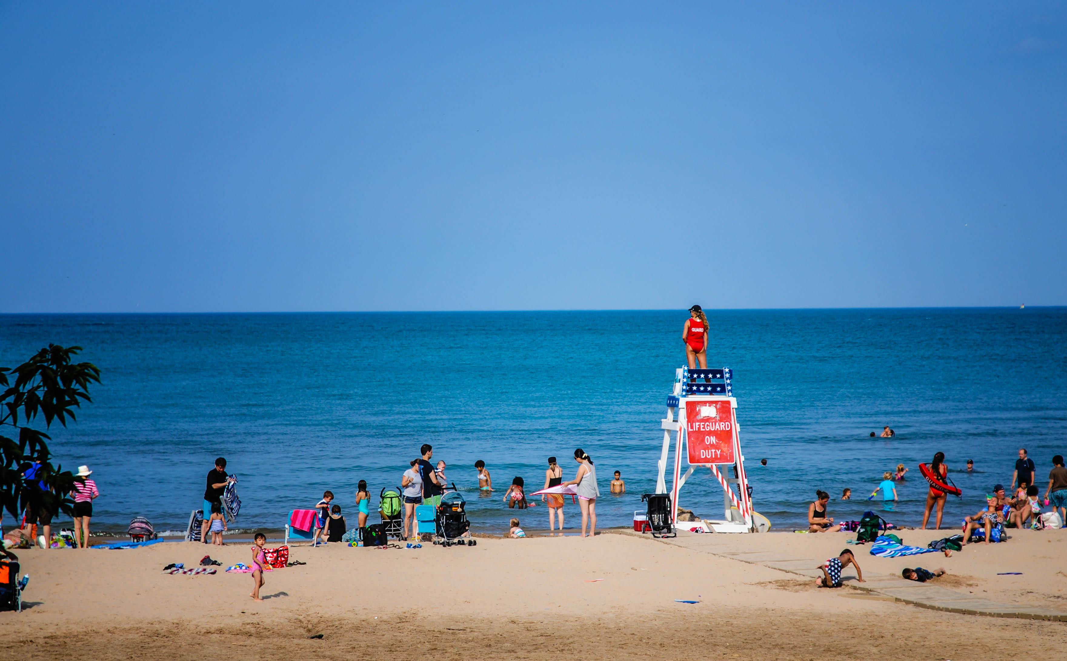 Petycja o zatrudnienie dodatkowych ratowników na plażach nad jeziorem Michigan