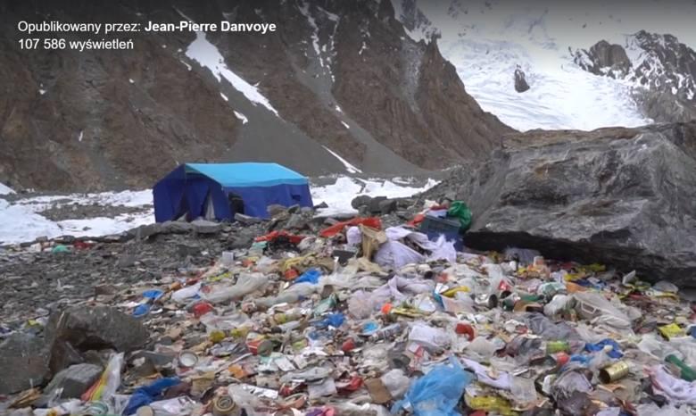 Skandal po polskiej ekspedycji na K2. Śmieci pod K2 wywołały burzę w sieci. Jest oświadczenie polskich alpinistów