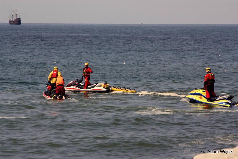 Z morza wyłowione zostało ciało dziewczynki