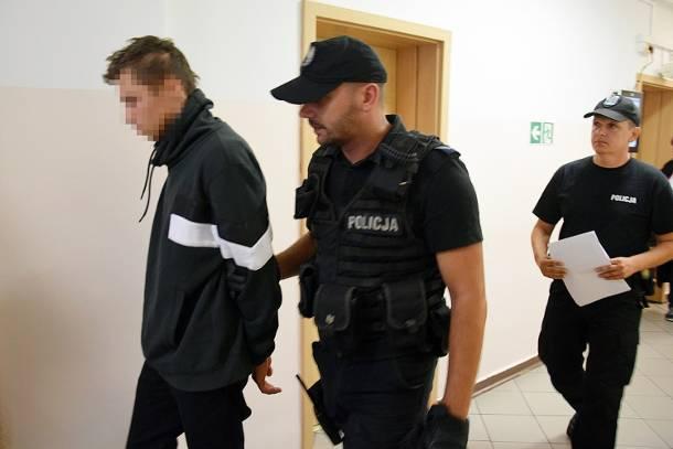Zachodniopomorskie: Wypadek BMW w Stargardzie. Sąd aresztował na 2 miesiące 18-letniego sprawcę