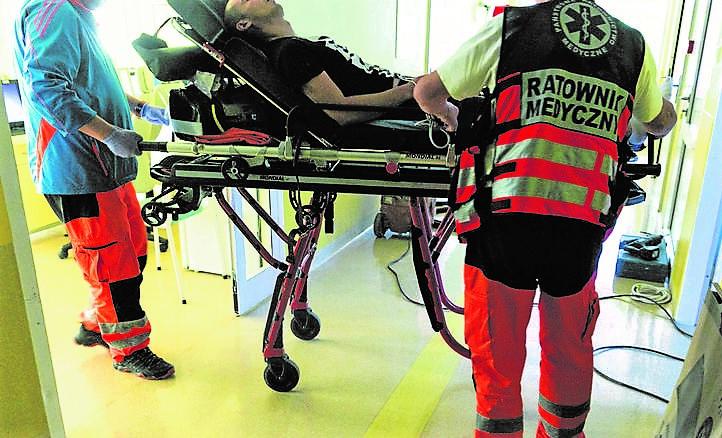 """Tragedia w Sosnowcu: Dopalacze """"ugotowały"""" mózg 17-latkowi. 12-latek wpadł w furię"""