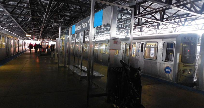 CTA rozpoczęło montaż nowoczesnego monitoringu na stacjach Blue Line