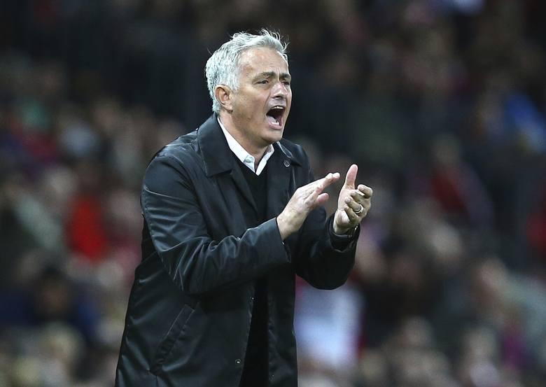 Piłka nożna. Liga angielska: Mourinho trenerem Tottenhamu