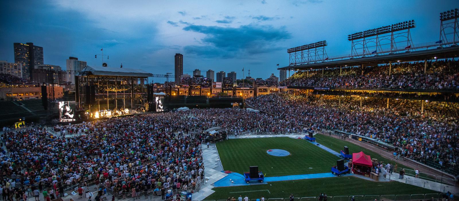 Pogoda powodem opóźnienia koncertu Pearl Jam na Wrigley Field