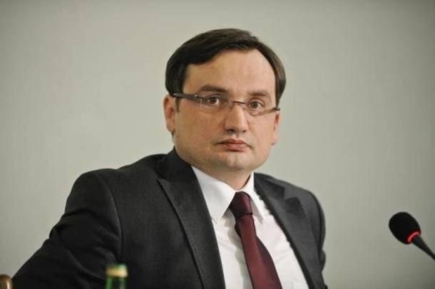 Posłowie Platformy Obywatelskiej złożyli wniosek o wyrażenie wotum nieufności wobec ministra sprawiedliwości Zbigniewa Ziobro