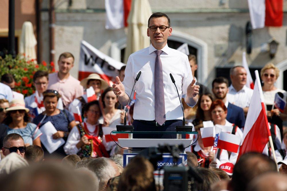 """Morawiecki: """"Propaganda, jakiej by się nie powstydził Jerzy Urban"""""""