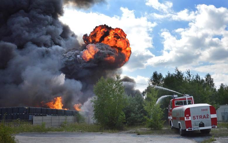 """Pożary składowisk śmieci. """"Na każdym pożarze można zarobić można 5-10 milionów"""""""