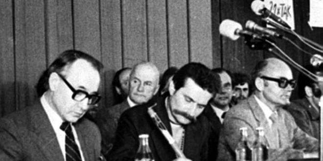 38. rocznica podpisania Porozumień Sierpniowych. Cenckiewicz: Decyzja Lecha Wałęsy działała na niekorzyść protestujących
