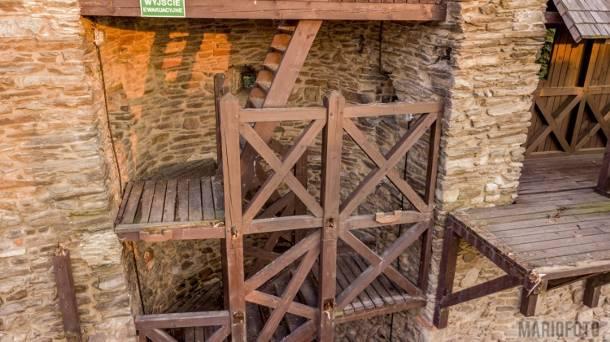 Paczków: Runął pomost widokowy na zabytkowych murach – wstrząsające relacje świadków [FOTO]