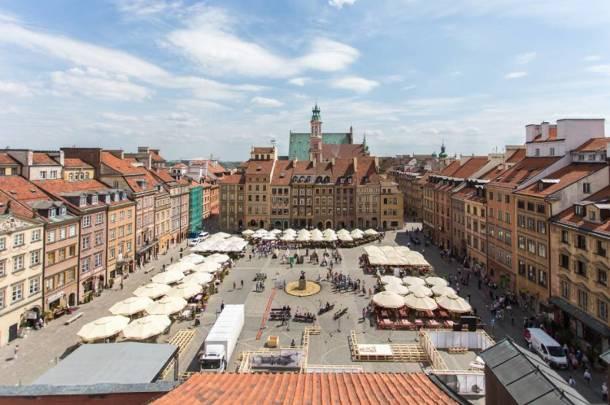 Wyhaftują 6-metrową Warszawę sprzed stu lat. Powróci Pałac Saski i dawne kamienice