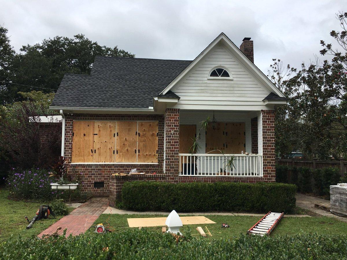Mieszkańcy Charleston w Karolinie Północnej: Bóg nas obroni przed Florence