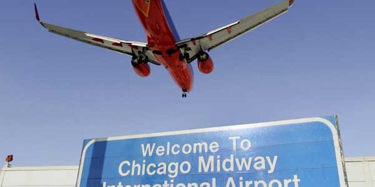 Pasażer chory na odrę przyleciał na Midway