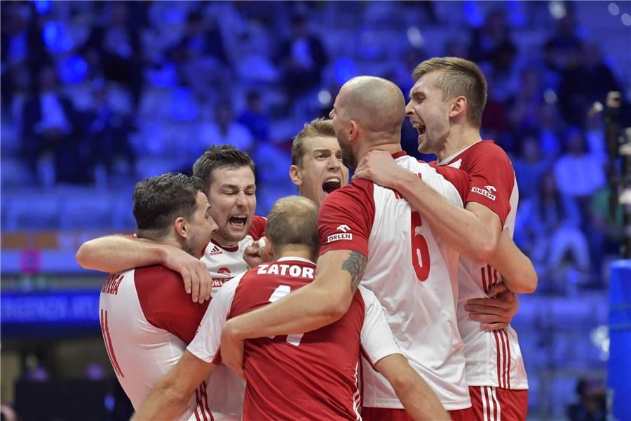 Polska pokonała Serbię i brakuje jej jednego seta, by być w półfinale