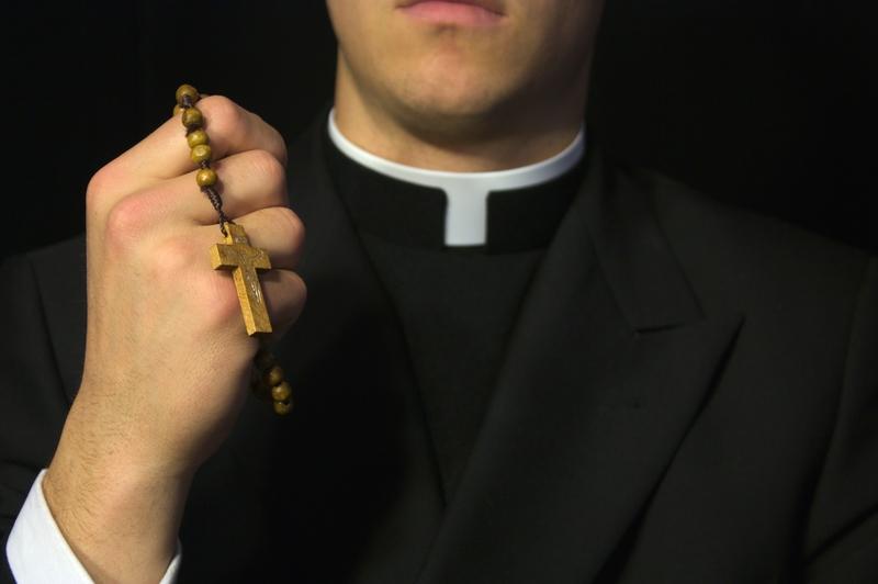 Ksiądz z okolic Detroit oskarżony o wykorzystywanie osoby nieletniej