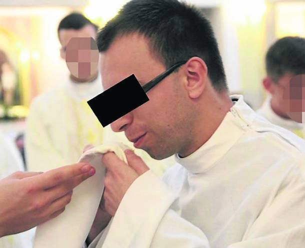 Małopolskie: Kleryk z tarnowskiego seminarium posiadał pornografię dziecięcą