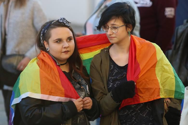 Niemcy: Niewielkie zainteresowanie rejestracją trzeciej płci