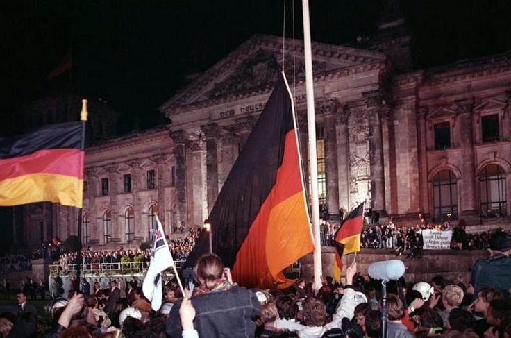 Niemcy świętują 28. rocznicę zjednoczenia kraju i… demonstrują