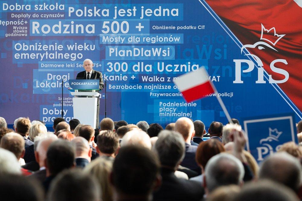 """""""Wyborowa"""" niedziela: Konwencja PiS w Jasionce"""
